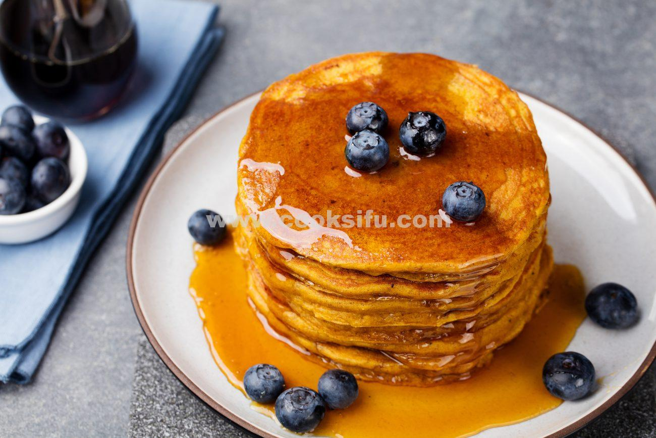 Whole-Wheat Pumpkin Blueberries Pancake