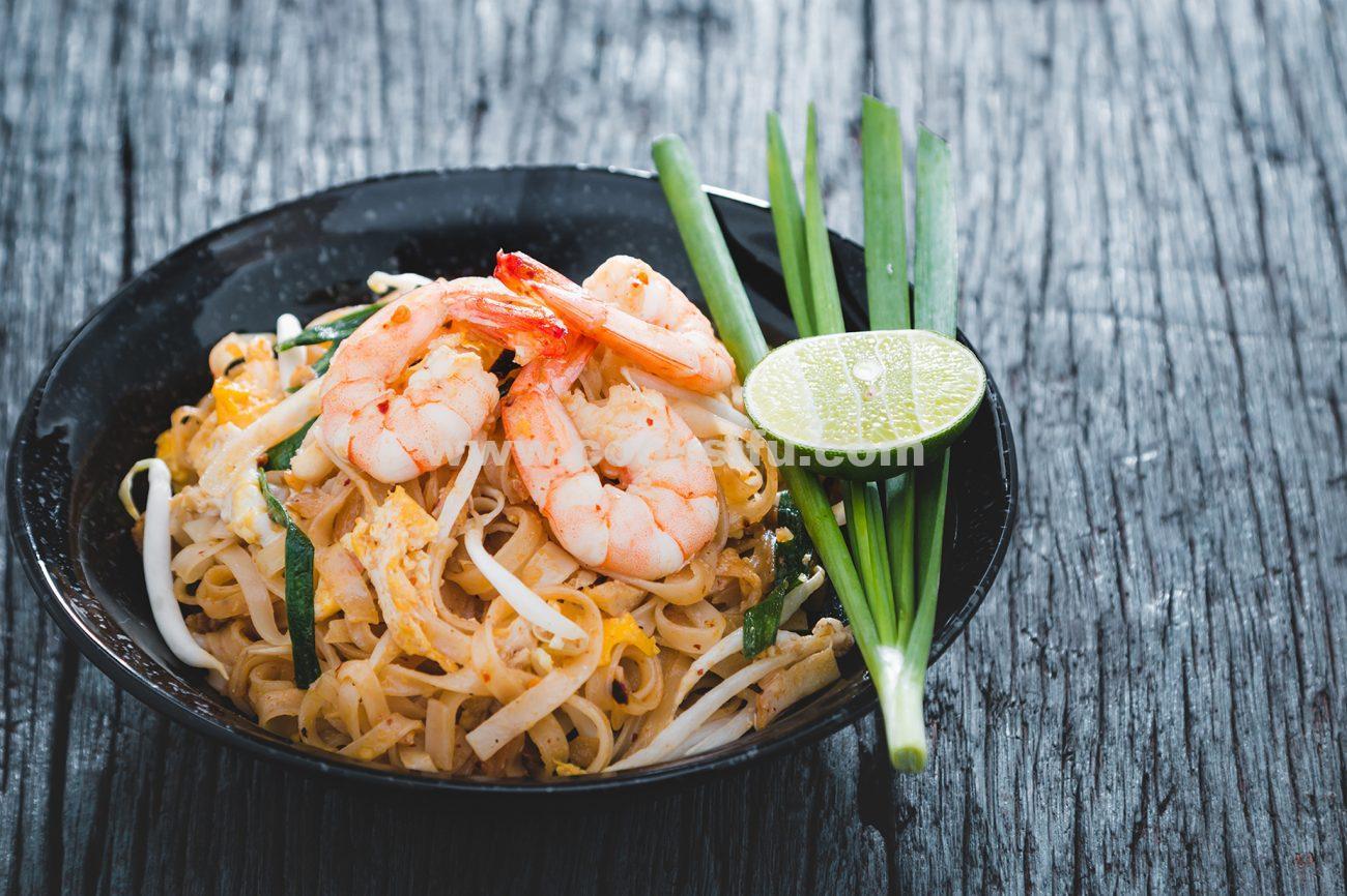 Classic Homemade Pad Thai