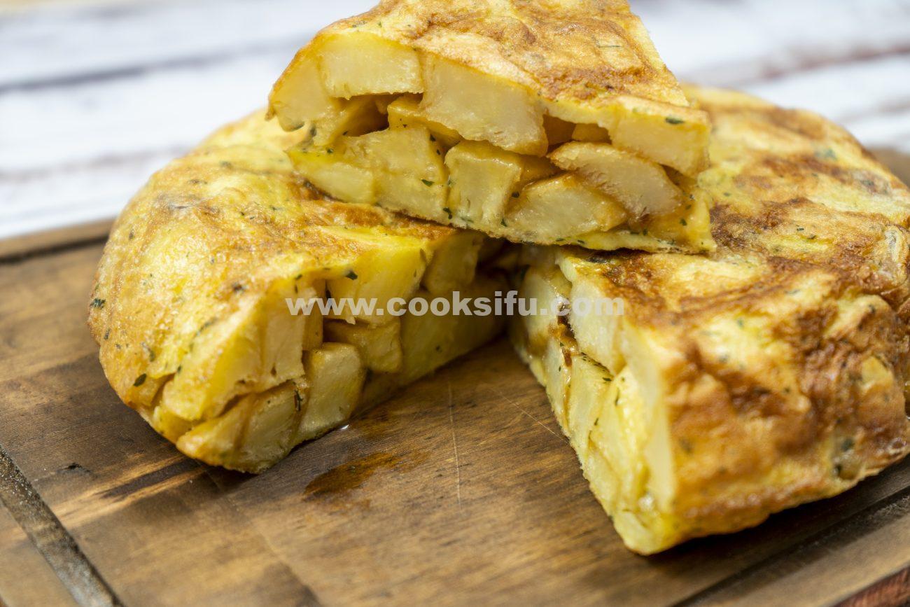 Spanish Potato Omelette – The Best Classic Recipe
