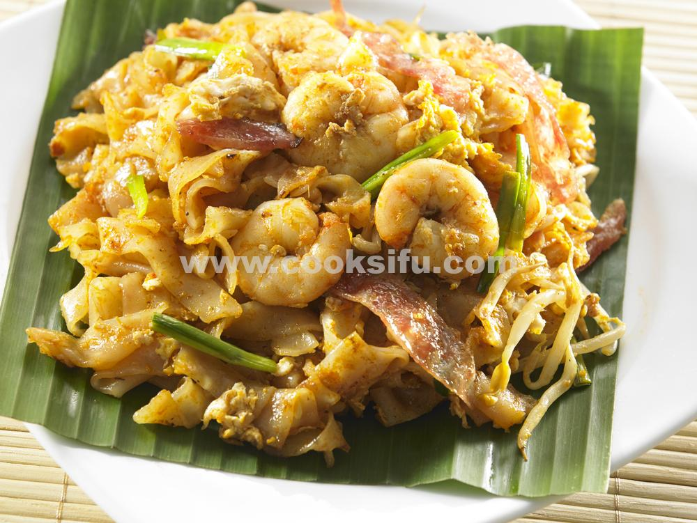 Char Kway Teow – Malaysian Stir-Fried Flat Rice Noodles